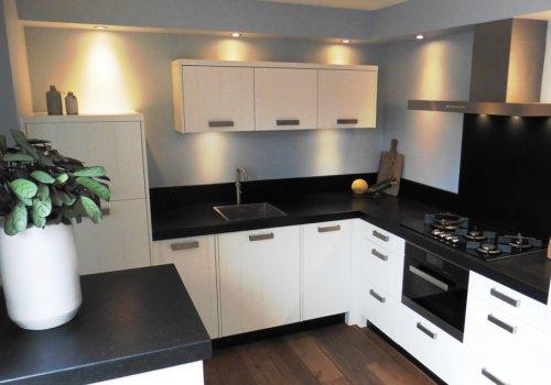 Keuken landelijk modern